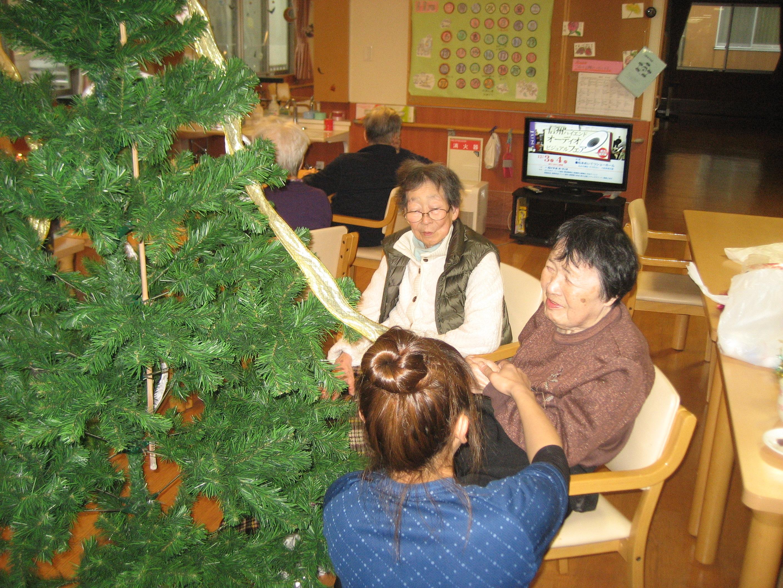 [七瀬の杜]クリスマスツリーo(*⌒―⌒*)o
