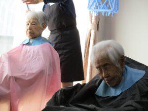 髪の毛さっぱり~グループホームまゆ篠ノ井~